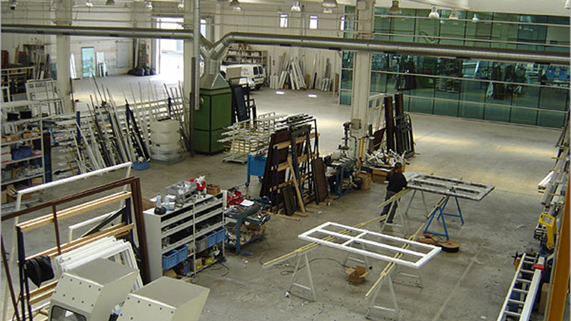dedicated to the manufacture of doors, windows and curtain wall facades
